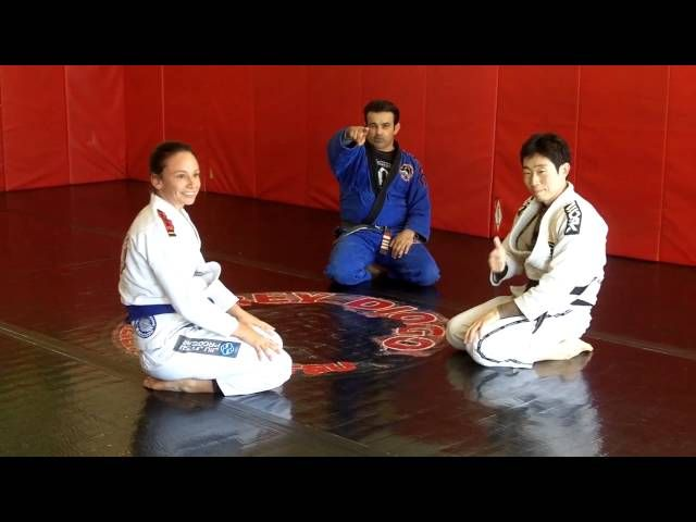 Master Ricardo and Alia Diogo (Master Rey Diogo's wife) show a variation for berimbolo sweep and attack the back. But��_