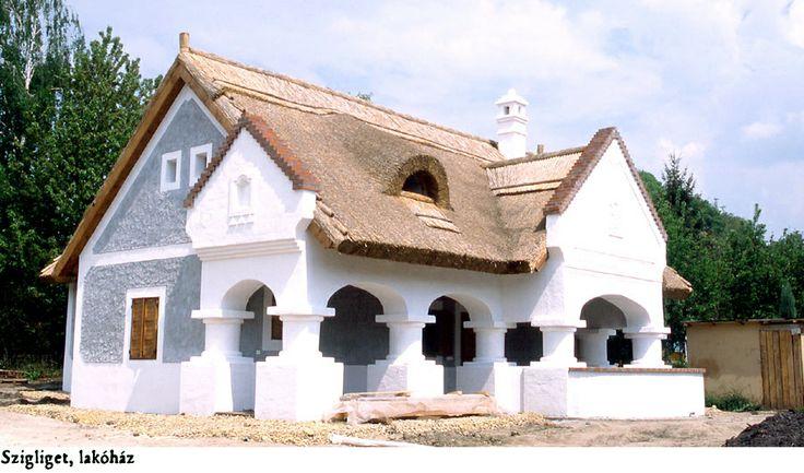 Thatch peasanthouse - Nádtetős parasztház- Hungary