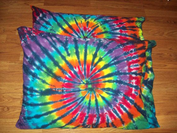 Welcome to E&Js. Do you dream in tie dye? We do, We do!!!! Rest you head on an awesomely groovy set of tie dye pillow cases. Rainbow Tiger