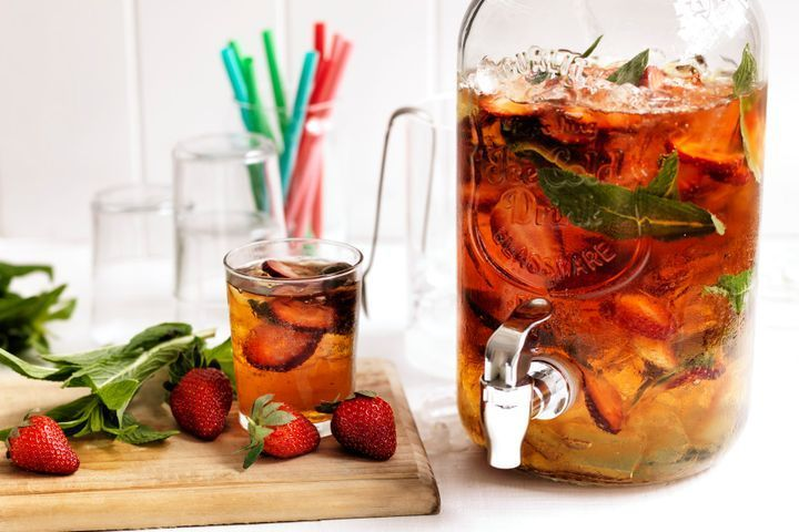 Strawberry PIMM'S punch