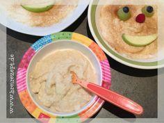 Grießbrei selber kochen ist kinderleicht und schmeckt auch schon dem kleinen Baby. Als Grundrezept gilt 1 Esslöffel Griess auf 100 ml Milch: http://www.breirezept.de/rezept_grieszbrei_fuer_das_baby.html