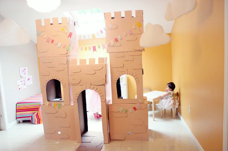 4 princess castle made out of cardboard boxes parties