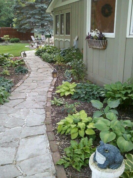 17 best ideas about side yard landscaping on pinterest front yard garden design simple. Black Bedroom Furniture Sets. Home Design Ideas
