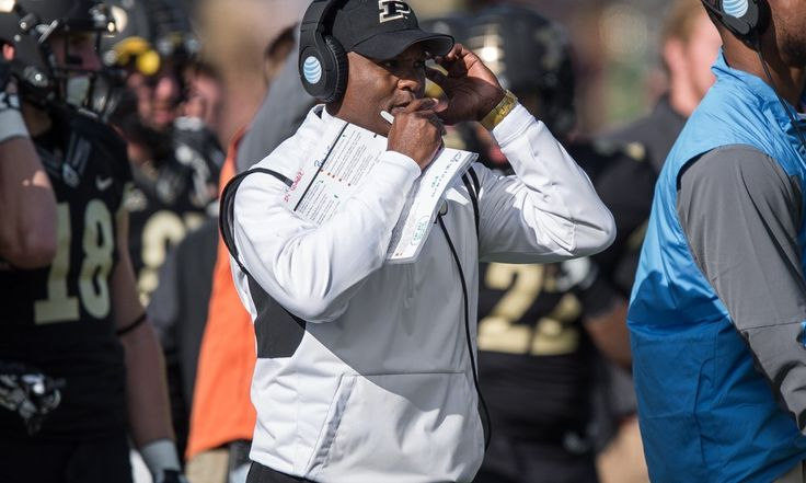 Bowl or bust in 2016 for Purdue and Darrell Hazell = To say that this is a make-or-break year for Purdue head coach Darrell Hazell means that you have an overwhelming gift of understatement and are grounded in reality.  During Hazell's tenure in West Lafayette, the.....