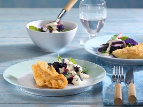 Hamburger Backfisch mit Kartoffelsalat