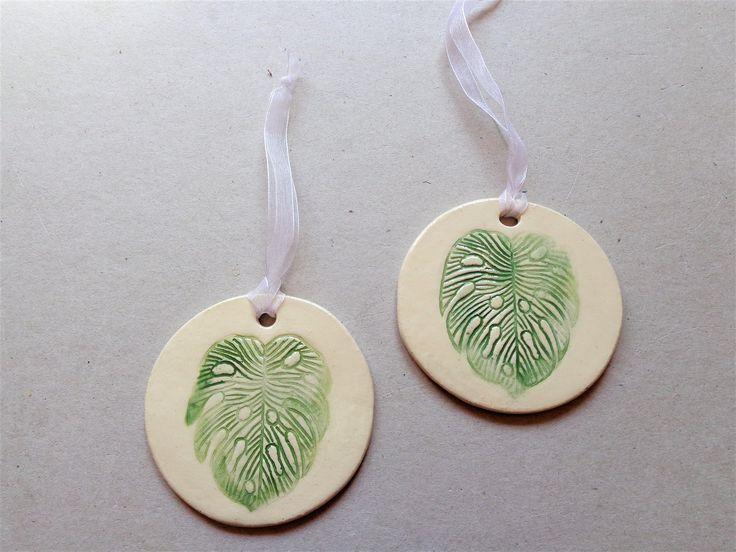 Monstera Leaf Ceramic Ornament, Botanical Green Round