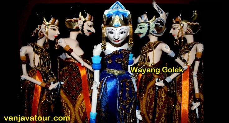 Bandung attraction for you that like arts. Wayang Golek is one of Jawa Barat arts & cultures