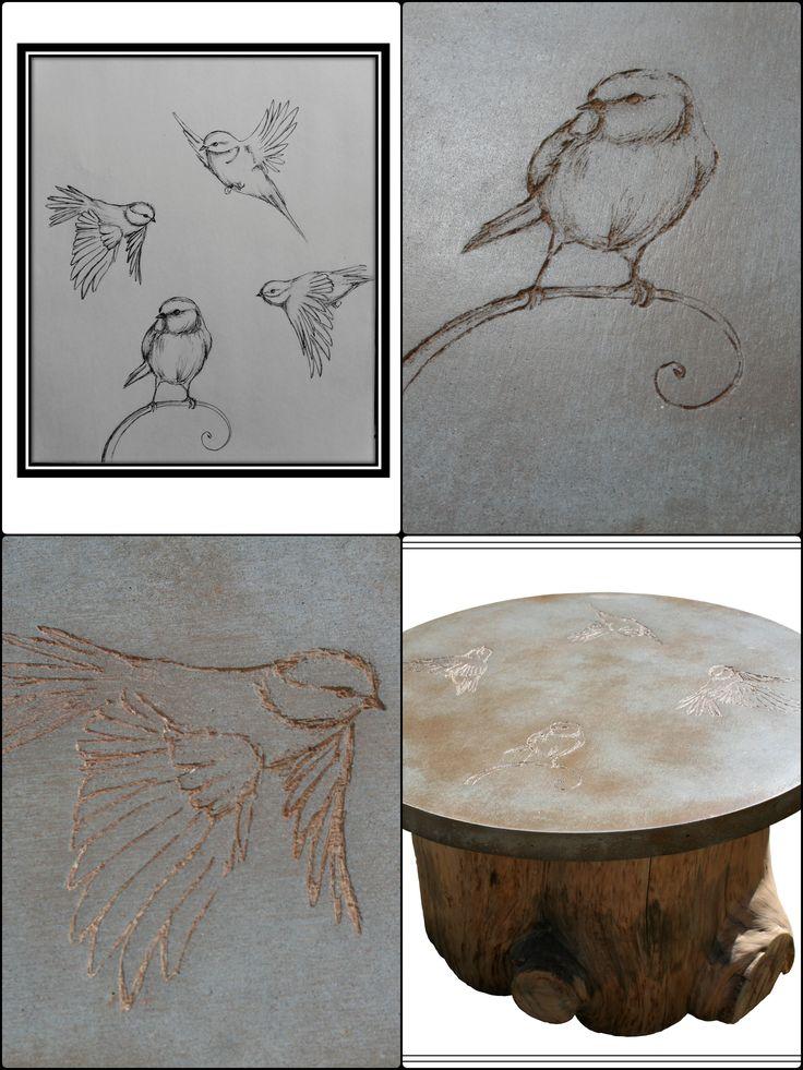 Table en béton faite en collaboration avec la peintre Rashel. Pieds en souche de pin. Concrete design coffee table