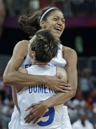 La joueuse française de basket-ball Emmeline Ndongue