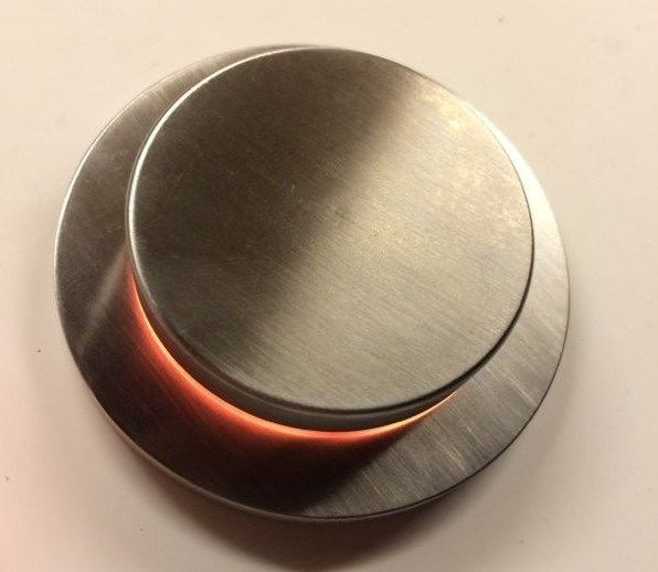 Rubinetto elettronico per vasca con limitatore COCOON SMART FILL by COCOON design Jessie Verdonschot, Seb Ackerstaff