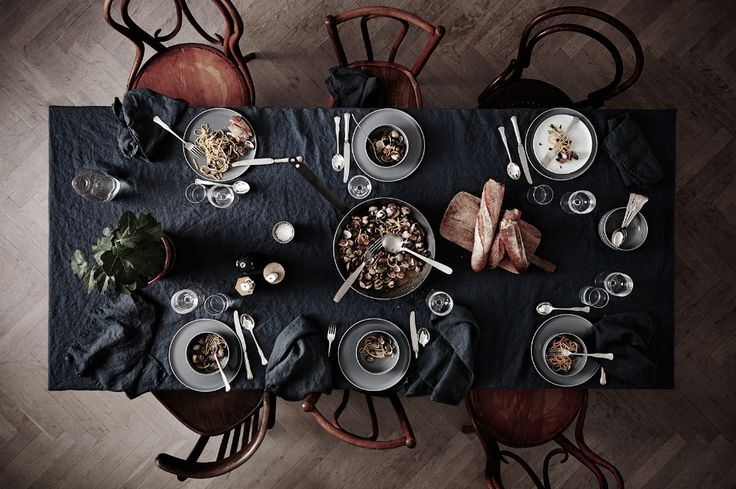 Some inspiration for your weekend dinners, in the form of a dinner table styled by Lotta Agaton, and a link to a wonderful food blog that I found through Husligheter. Our Food Stories is written by...