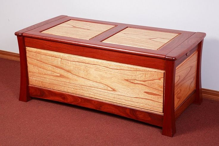 Camphor Laurel & Red Cedar Blanket Box   Australian Woodwork - FREE Gift Wrapping - FREE Handwritten Gift Card - Fast Same Day Shipping - FREE Shipping for orders over $100 - Our usual Money Back Quality Guarantee!