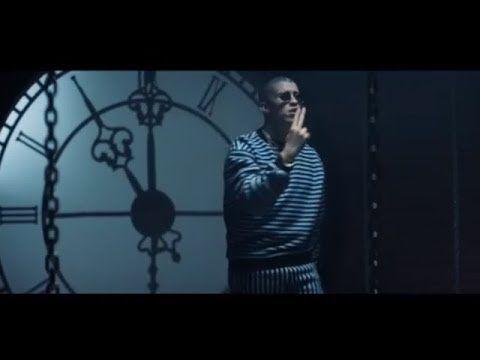 Bad Bunny ft Enrique Iglesias - El Baño (Video) - YouTube