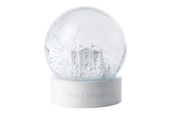 ウェッジウッドの数量限定スノーグローブでひと足お先にクリスマスを自宅に