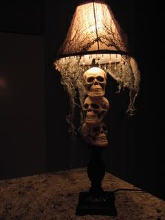 Get an old lamp for the secondhand store and you've got a great lamp for the holiday!