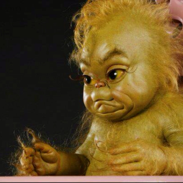 BABY GRINCH!!!! I WANT ONE !!!!!!!!