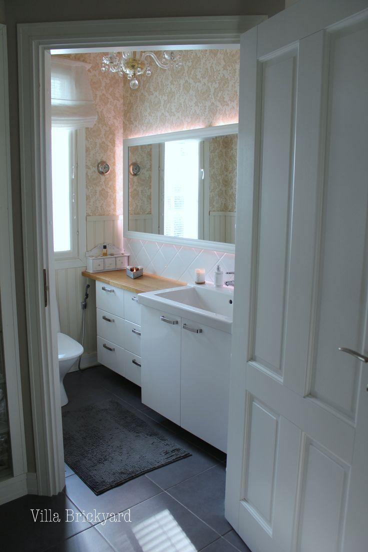 Our toilet, Villa Brickyard photos