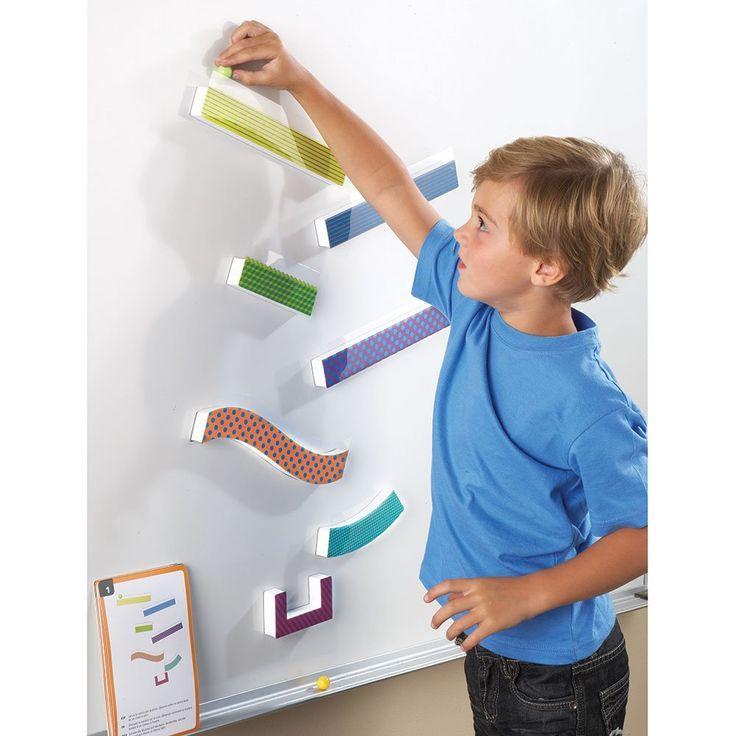 Amazon.com: Recursos para el aprendizaje Tumble Trax magnético Marble Run: Toys & Games