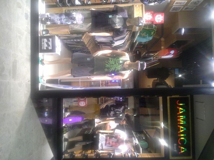 Equipamentos Conceito, Manequins Ultra na Jamaica do Shopping .Itaguaçu Tudo pela Dreher Soluções para o Varejo. Venha montar sua loja conosco.