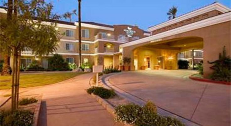 Homewood Suites by Hilton La Quinta La Quinta Featuring a spacious outdoor courtyard pool and a putting green, this La Quinta hotel is 3 miles from I-10 and less than 30 minutes from Palm Springs International Airport.