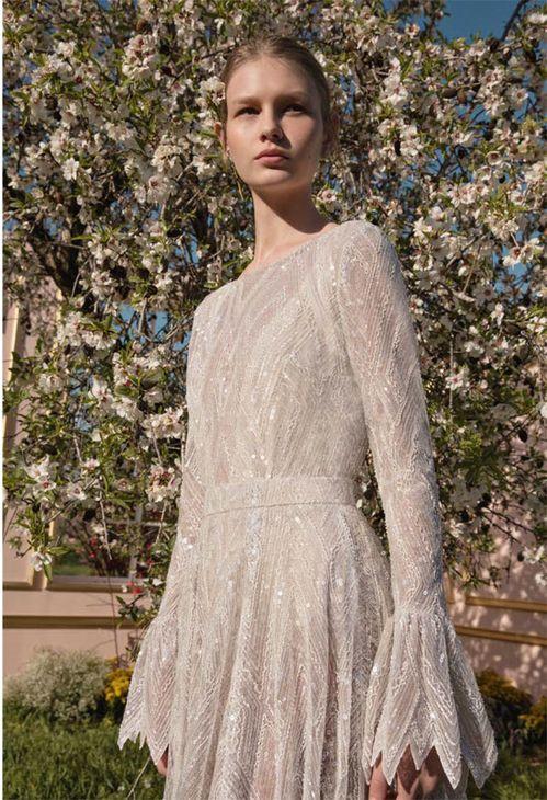 Rencontre avec la créatrice de robes de mariée Dana Harel 3