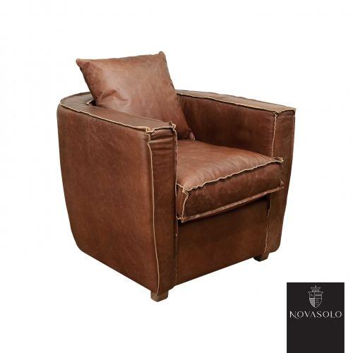 """Tøff, myk og komfortabel Buxton lenestol i """"vintage leather""""."""