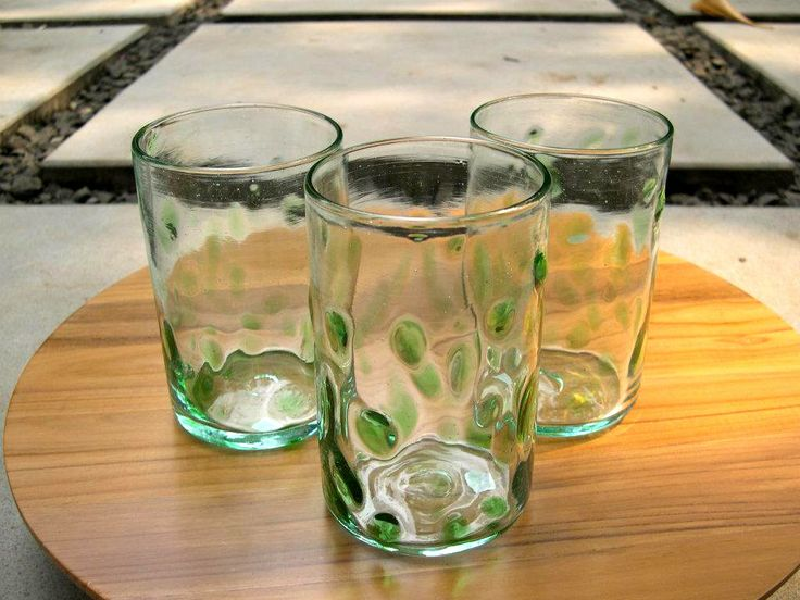 Bercak Hijau 13cm height. Cheer your day with our Bercak Hijau recycled glass, with blown glasses technique.
