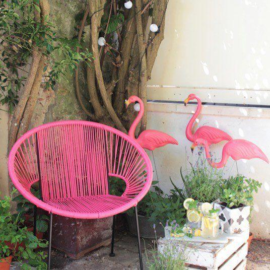deco flamant rose et ananas. Black Bedroom Furniture Sets. Home Design Ideas
