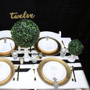 Sharing some preppy wedding inspiration over on the @orientaltrading blog! Black, white, green & gold = ❤️❤️❤️ ⠀ #preppywedding #boxwood #blackandwhite #blackandwhitestripes #preppy #gold #thatsdarling #orientaltrading