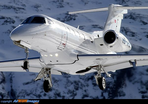 Embraer EMB-505 Phenom 300 - http://www.pinterest.com/v22osprey/aviation-and-occasional-space-related-pins/