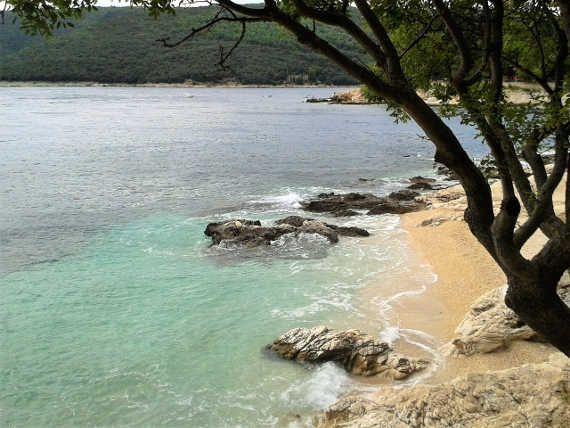 #TOP10 chorvatských pláží. Pláže Girandella, Maslinica, Zrče, Pupnatska Luka a další... http://jentop10.cz/top-10-chorvatskych-plazi/