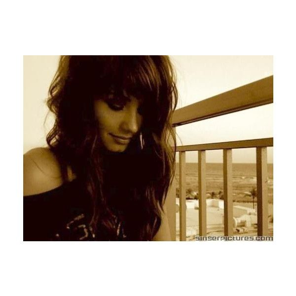 Demi Lovato Personal Pics - Demi Lovato Fansite ❤ liked on Polyvore featuring demi, demi lovato and demii