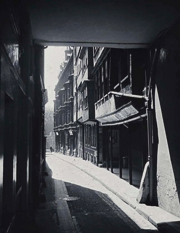 Middle Temple Lane. 1910.
