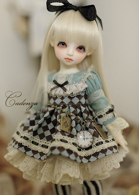 Little Alice Doll | This would go nicely in my collection, beautifully detailed | alice in wonderland