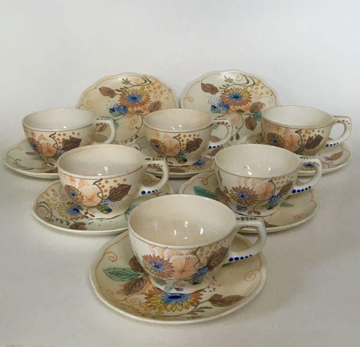 Juliette cups executed by Plateelbakkerij Zuid Holland Gouda circa 1920. Dutch Art Nouveau.
