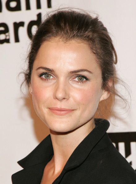 Keri Russell.  Minimal make up = classic beauty.