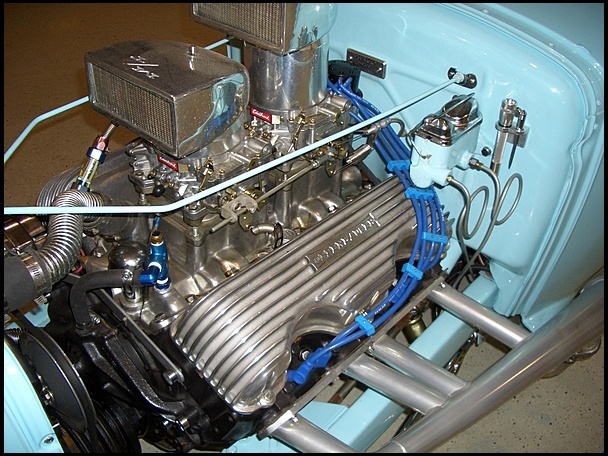 409 Chevy Dual Quad Motor  Love Those Valve Covers On The