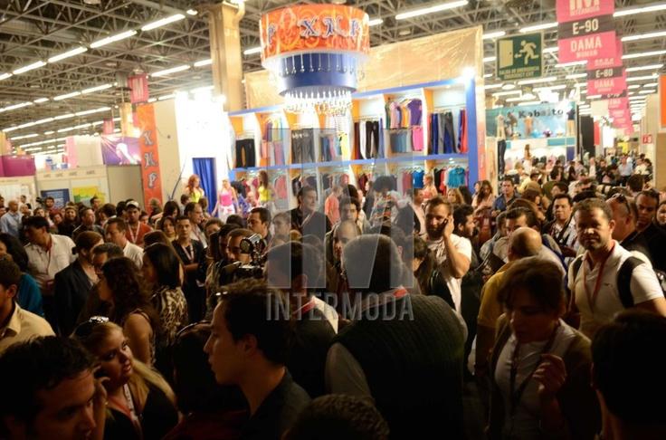 La presencia de más de 800 expositores y 21 mil compradores y visitantes en su última edición, reafirman a IM Intermoda como la exposición de la industria del vestido más importante a nivel Latinoamérica, gracias a la apertura comercial que ésta representa