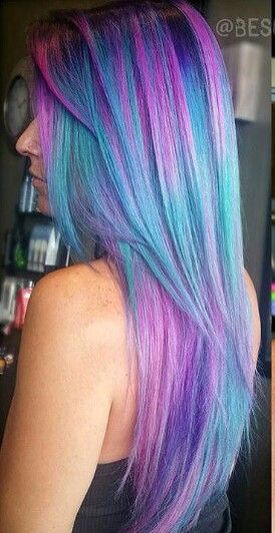Multicolored hair.