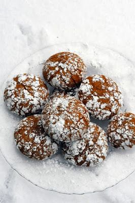 Mais pourquoi est-ce que je vous raconte ça... Dorian cuisine.com: Histoire de berlingots de lait concentré qui finit en biscuits craquelés… ceux de la neige d'hier…