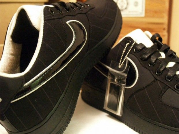 """Bespoke Nike Air Force 1 """"Wedding Day"""" by Slovadon"""