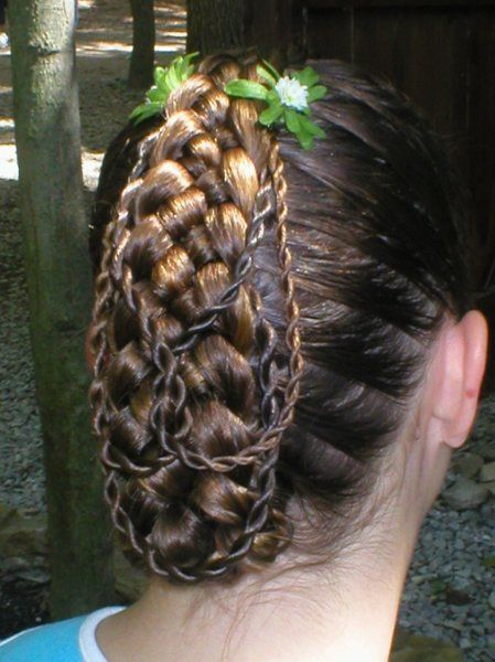 Renaissance Braid Hairstyles For Peasants French Braids