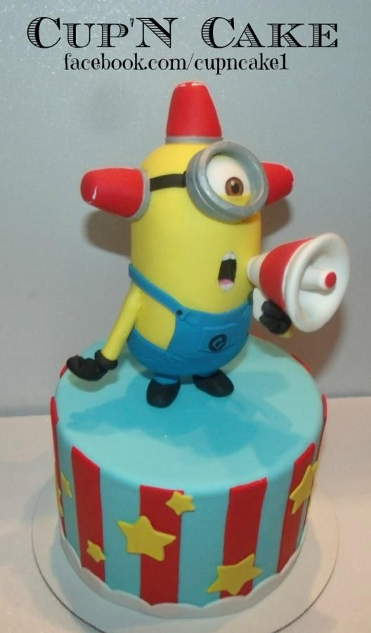 BEE DO BEE DO! Minion - Cake by Danielle Lechuga