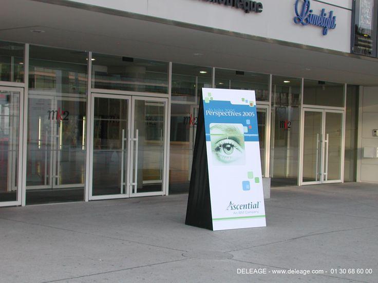 Totem extérieur modèle déposé by deleage.com