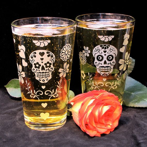 2 Day of the Dead Wedding Pint Glasses, Wedding Party Gifts, Sugar Skull Decor