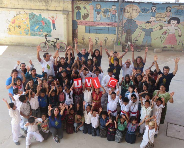 Meritxell Dachs Pérez, estudiant de Mestre d'Educació Primària, ha realitzat les pràctiques a Guatemala i ens diu: 'L'experiència ha estat enriquidora en tots els sentits, no només en l'àmbit professional sinó també de creixement personal i d'actitud davant el món' #CampusInternacional #UVic #uviclife  #LaUVicAlMón #education #guatemala
