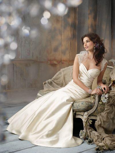 indoor bridal portrait - pose