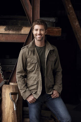 "JOSH TURNER. Country Singer.  ""I can't believe how much it turns me on just to be your man"" :)"