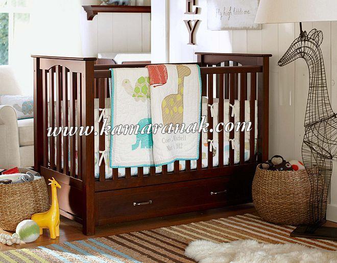 jual Box Bayi Jati Minimalis harga murah bahan teak warna coklat dengan konstruksi kuat desain model simple.konstruksi kuat aman untuk bayi produksi jepara