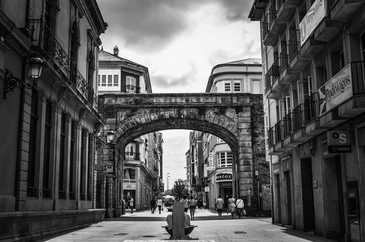 Puerta del Obispo Aguirre (Lugo - Spain)